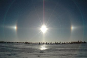 Compilations of a Second sun? 18a87-sundogs