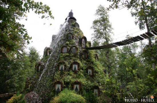 incredible_magic_mountain_like_chilean_hotel_640_01